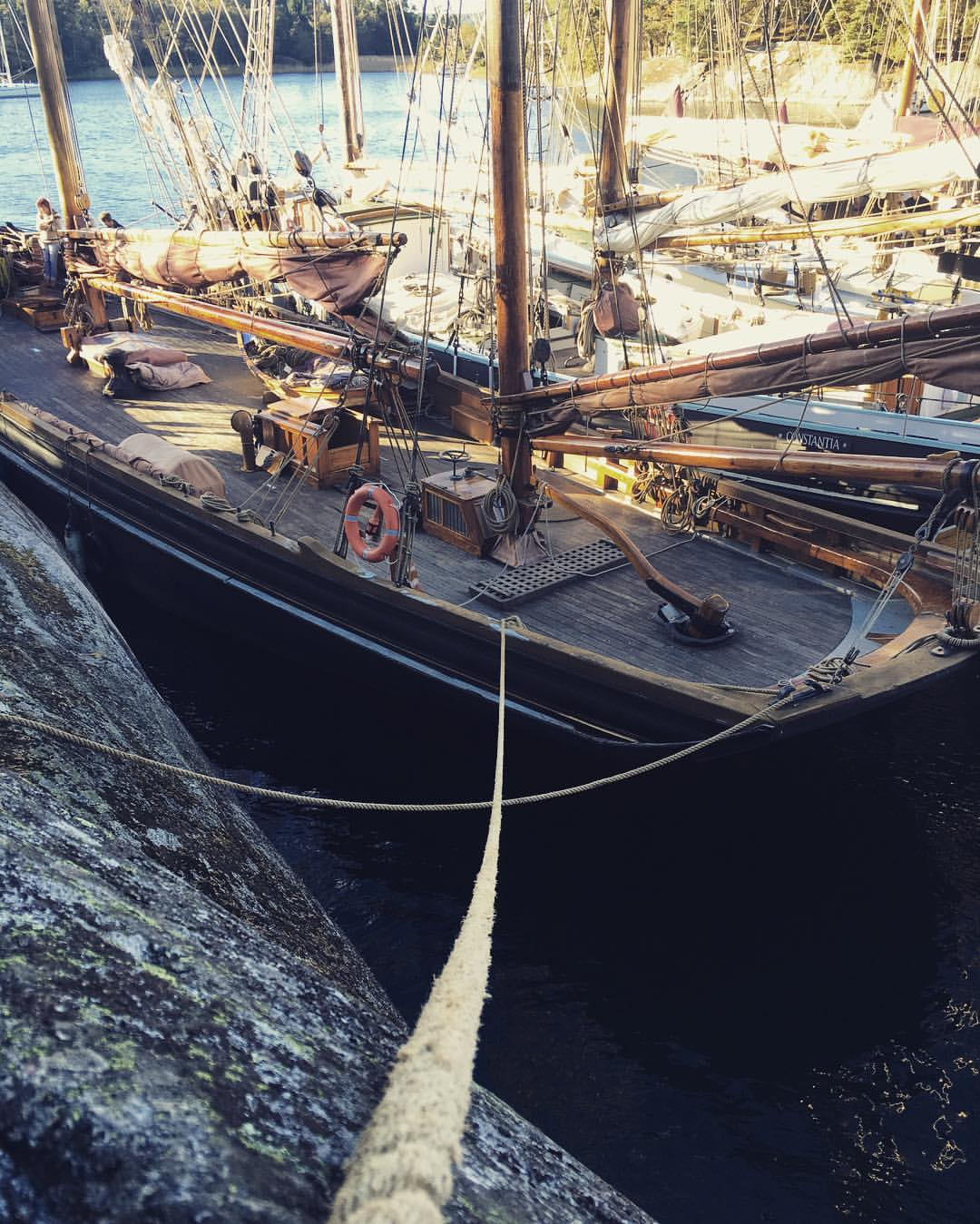 rope to sail boat