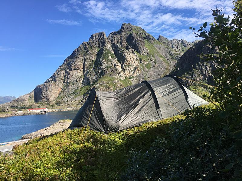camping lofoten henningsvaer